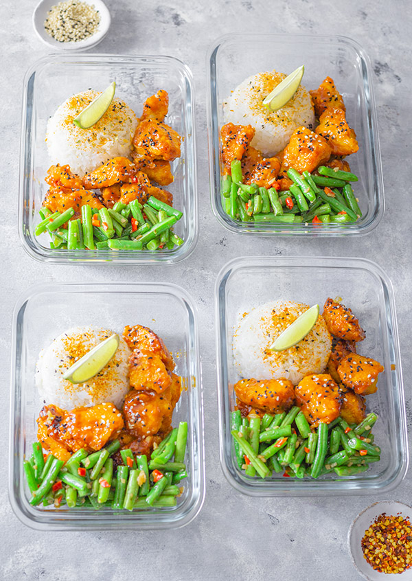 meal prep bowls of Wagamamas firecracker chicken